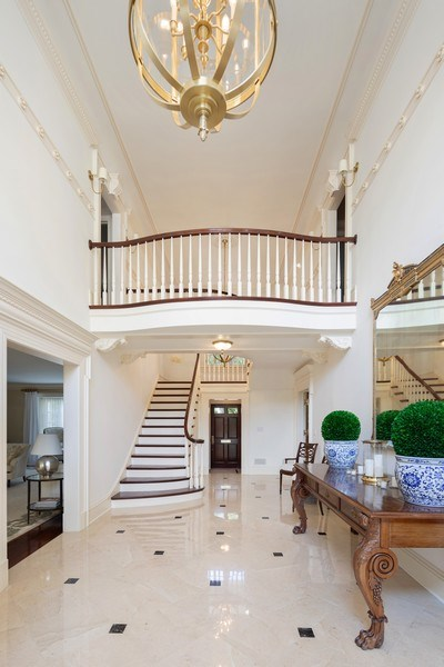 Real Estate Photography - 323 Hillcrest, Hinsdale, IL, 60521 - Foyer