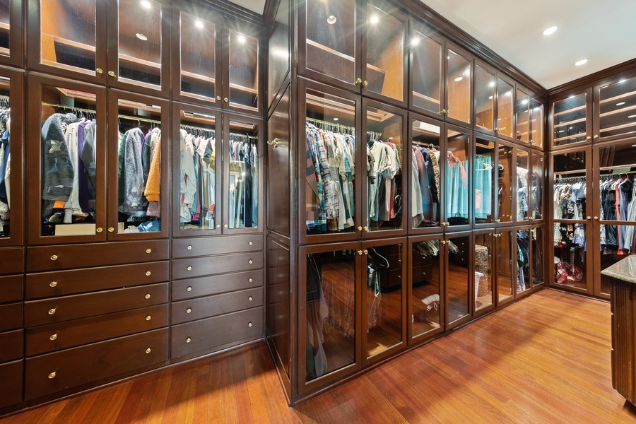 Real Estate Photography - 323 Hillcrest, Hinsdale, IL, 60521 - Master Bedroom Closet