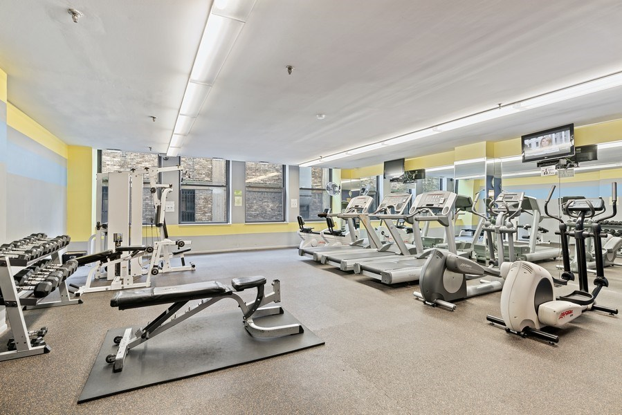 Real Estate Photography - 780 S Federal St, Unit 207, Chicago, IL, 60605 - Gym