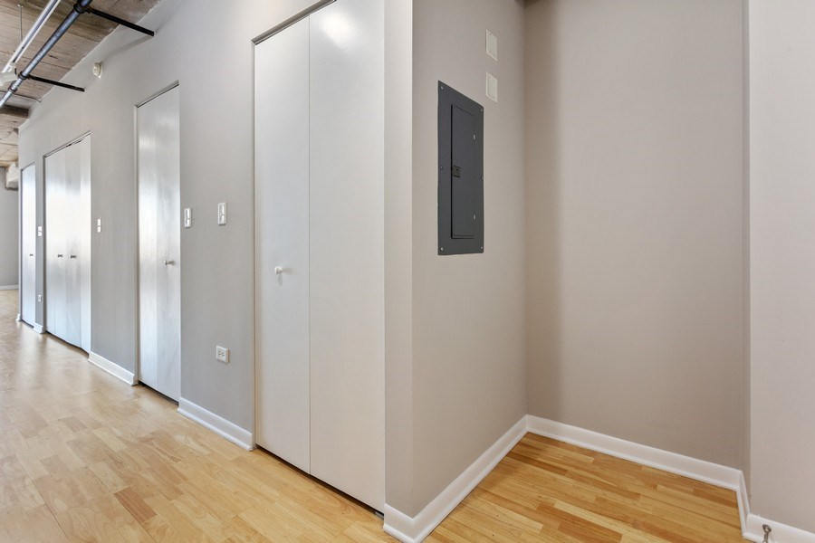 Real Estate Photography - 1550 S Blue Island, Unit 712, Chicago, IL, 60608 - Entryway