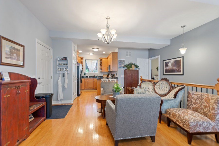Real Estate Photography - 10447 S Hale Ave, Chicago, IL, 60643 - Living Room