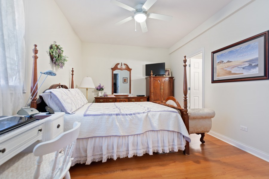 Real Estate Photography - 10447 S Hale Ave, Chicago, IL, 60643 - Master Bedroom