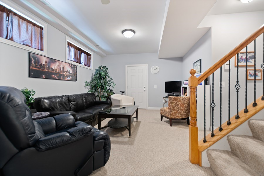 Real Estate Photography - 10447 S Hale Ave, Chicago, IL, 60643 - Family Room