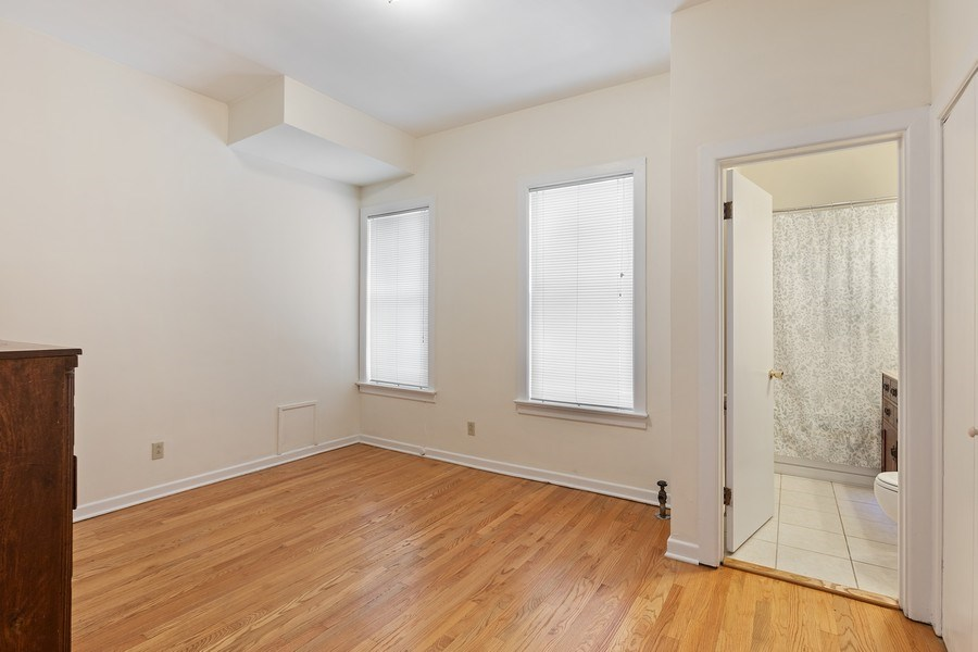 Real Estate Photography - 5007 S Dorchester, Unit 2S, Chicago, IL, 60615 - 2nd Bedroom