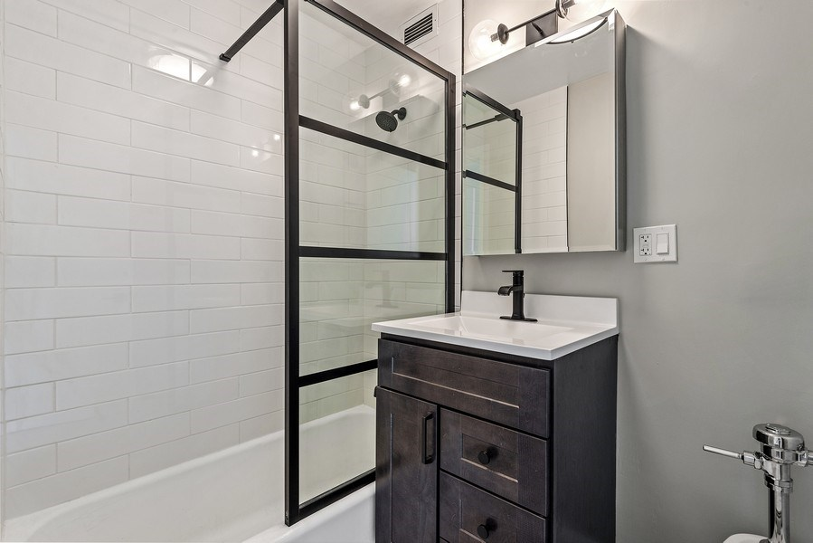 Real Estate Photography - 330 W Diversey, 2508, Chicago, IL, 60657 - Master Bathroom