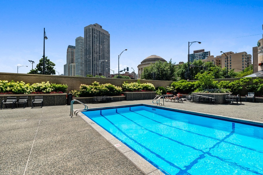 Real Estate Photography - 330 W Diversey, 2508, Chicago, IL, 60657 - Pool
