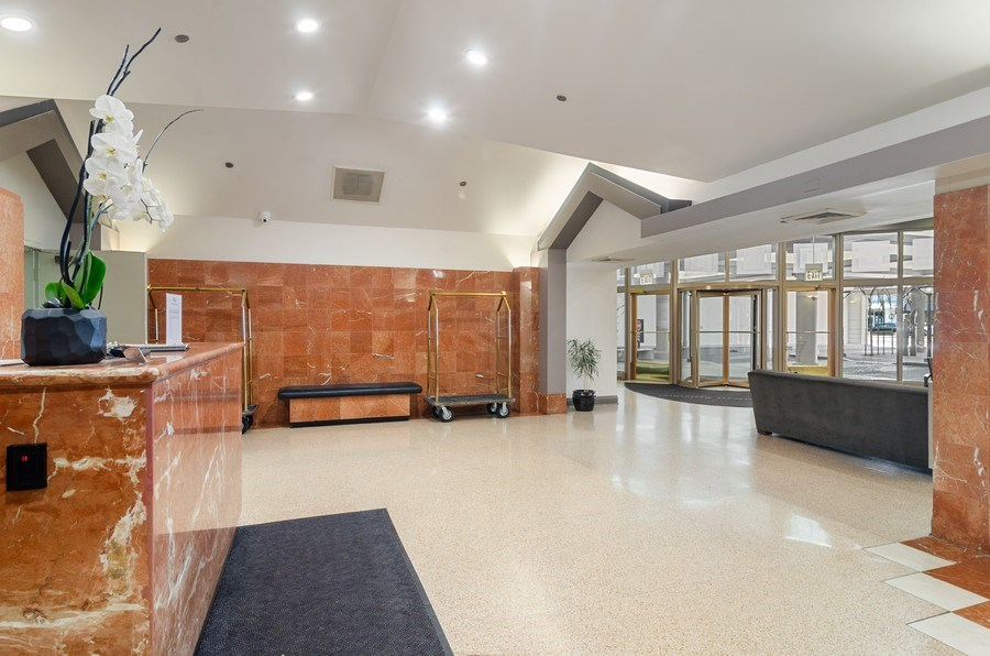 Real Estate Photography - 1212 N LaSalle, 1309, Chicago, IL, 60610 - Lobby