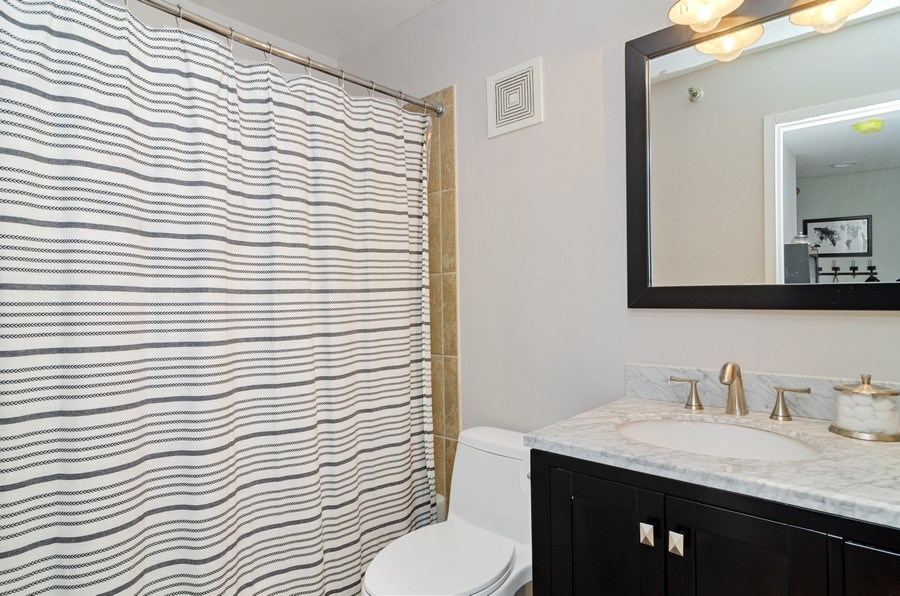 Real Estate Photography - 1212 N LaSalle, 1309, Chicago, IL, 60610 - Bathroom