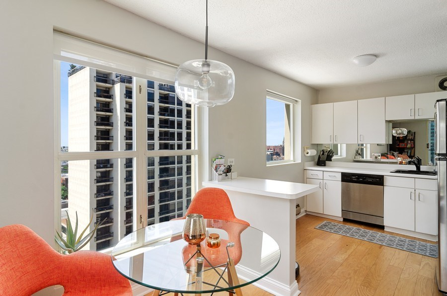 Real Estate Photography - 1212 N LaSalle, 1309, Chicago, IL, 60610 - Kitchen / Dining Room
