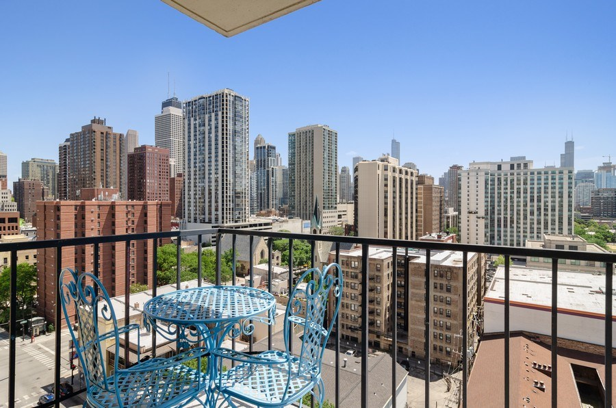 Real Estate Photography - 1212 N LaSalle, 1309, Chicago, IL, 60610 - Balcony
