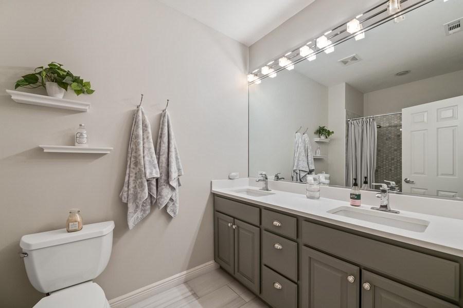 Real Estate Photography - 1217 N Hoyne Unit E, Chicago, IL, 60622 - Master Bathroom