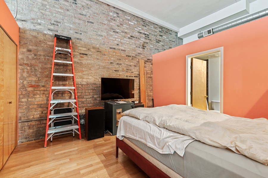 Real Estate Photography - 2101 W Rice, Unit 208, Chicago, IL, 60622 - Master Bedroom