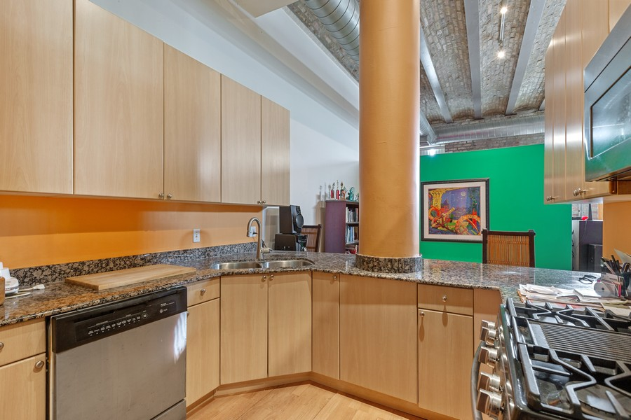 Real Estate Photography - 2101 W Rice, Unit 208, Chicago, IL, 60622 - Kitchen