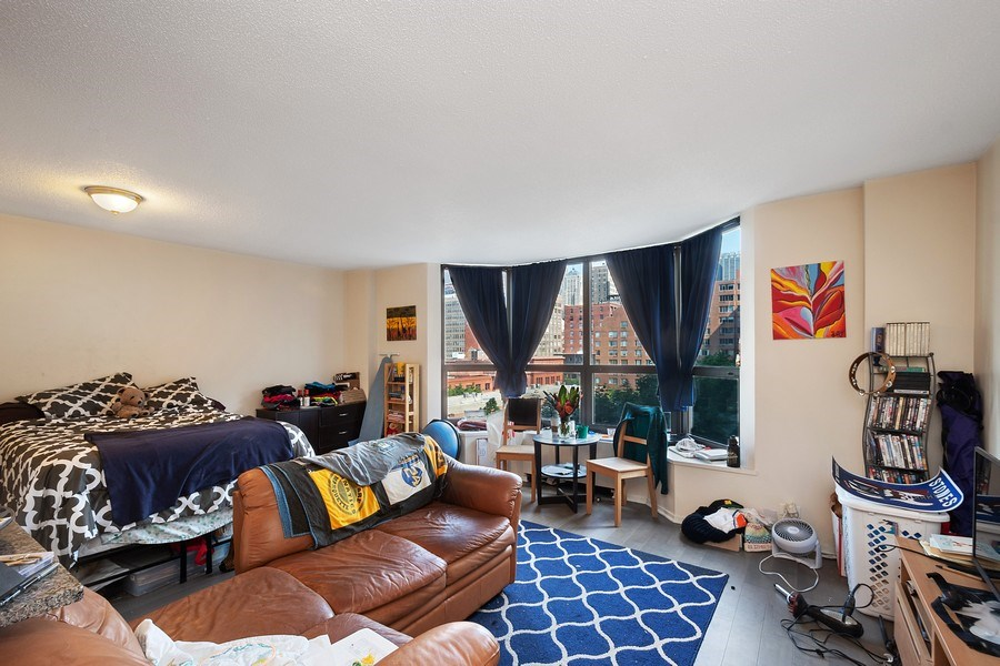 Real Estate Photography - 899 S Plymouth Ct, 410, chicago, IL, 60605 - Living Room
