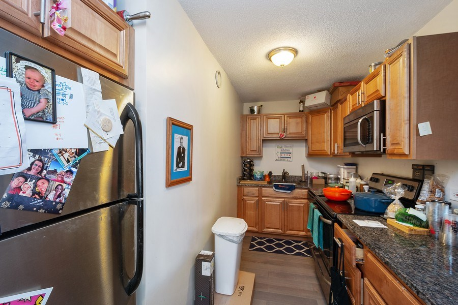 Real Estate Photography - 899 S Plymouth Ct, 410, chicago, IL, 60605 - Kitchen