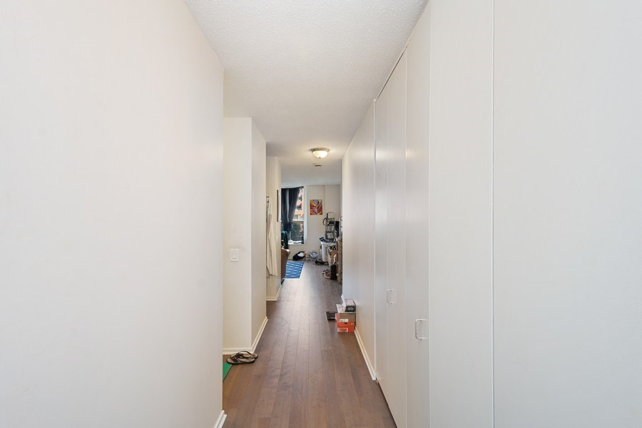 Real Estate Photography - 899 S Plymouth Ct, 410, chicago, IL, 60605 - Hallway