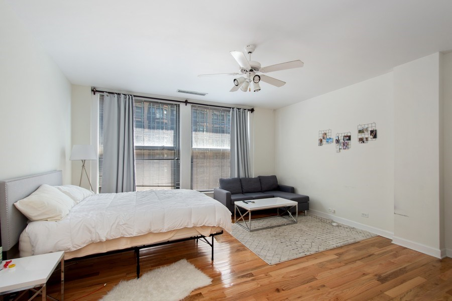 Real Estate Photography - 431 S Dearborn St, 808, chicago, IL, 60605 - Living Room