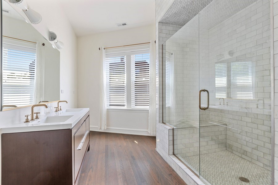 Real Estate Photography - 1160 W 31st St, Chicago, IL, 60608 - Master Bathroom