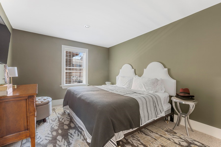 Real Estate Photography - 1160 W 31st St, Chicago, IL, 60608 - Studio 5th Bedroom