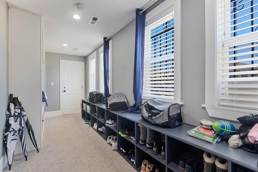 Real Estate Photography - 1160 W 31st St, Chicago, IL, 60608 - Studio Mudroom