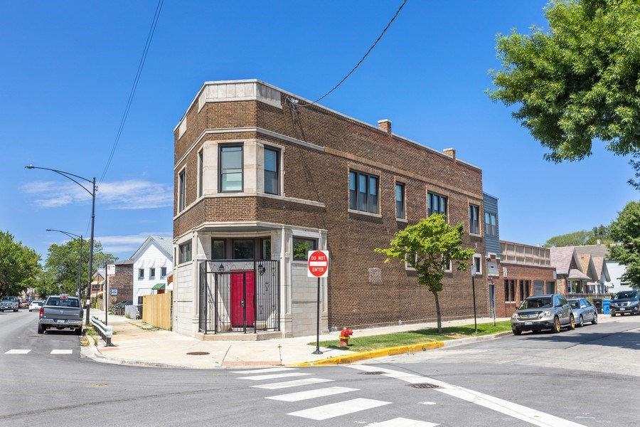 Real Estate Photography - 1160 W 31st St, Chicago, IL, 60608 - Street View