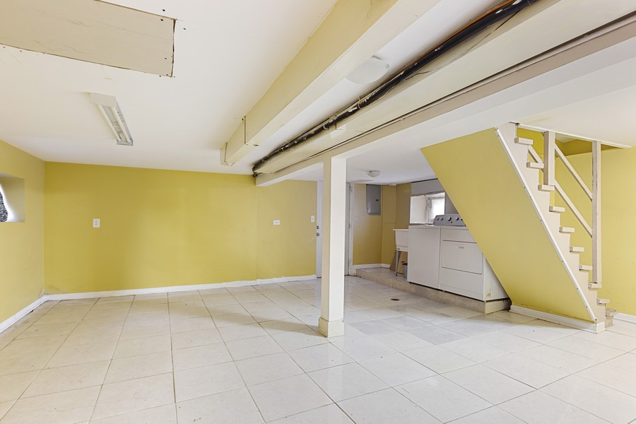 Real Estate Photography - 627 24th Ave, Bellwood, IL, 60104 - Basement