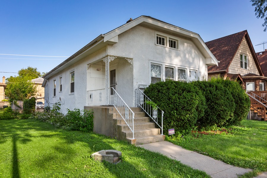 Real Estate Photography - 627 24th Ave, Bellwood, IL, 60104 - Front View