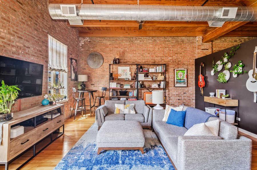 Real Estate Photography - 2806 N Oakley, 204, chicago, IL, 60618 - Living Room
