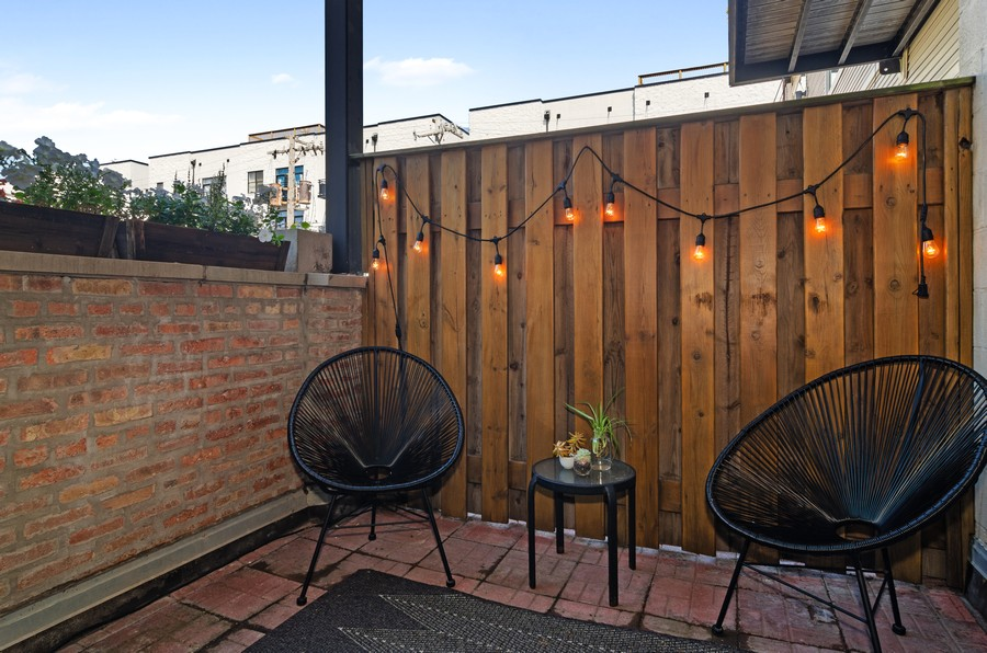 Real Estate Photography - 2806 N Oakley, 204, chicago, IL, 60618 - Terrace