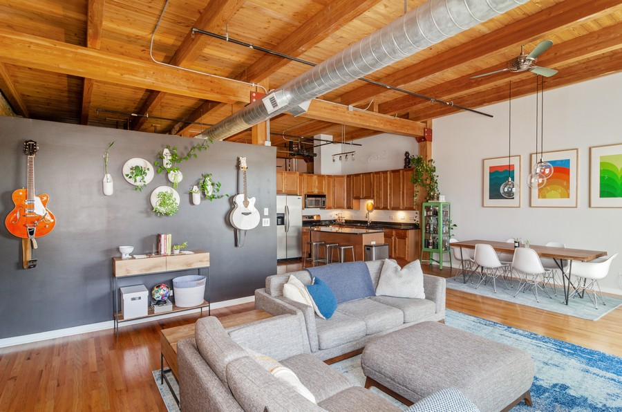 Real Estate Photography - 2806 N Oakley, 204, chicago, IL, 60618 - Living Room/Dining Room