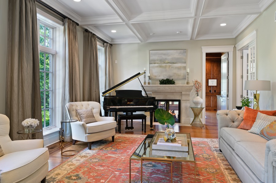 Real Estate Photography - 4 Golf Lane, Winnetka, IL, 60093 - Living Room