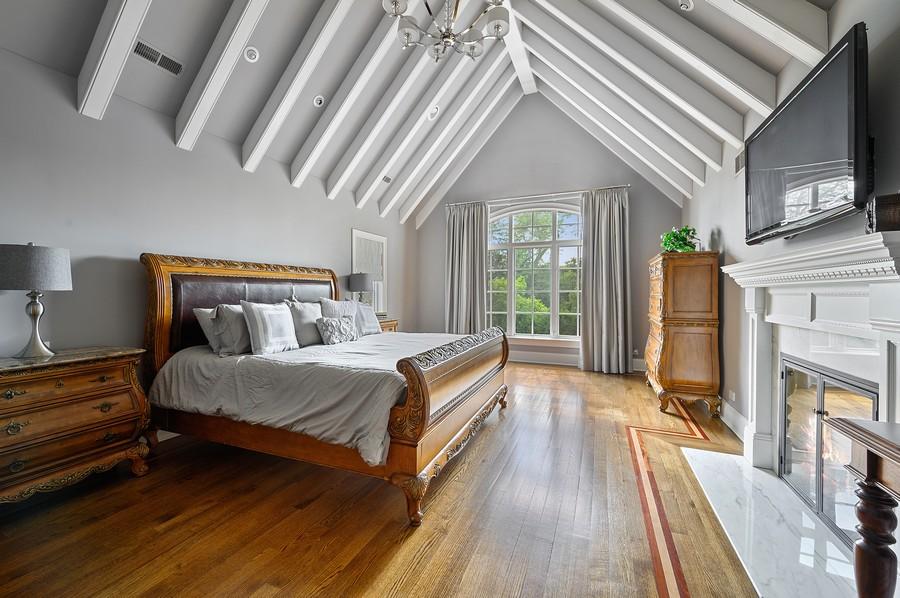 Real Estate Photography - 4 Golf Lane, Winnetka, IL, 60093 - Master Bedroom
