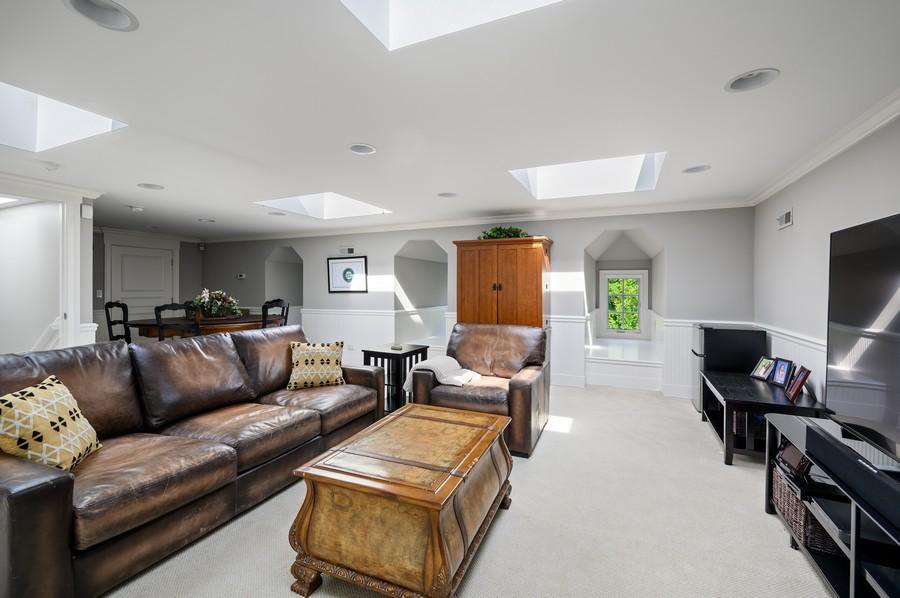 Real Estate Photography - 4 Golf Lane, Winnetka, IL, 60093 - 3rd Floor
