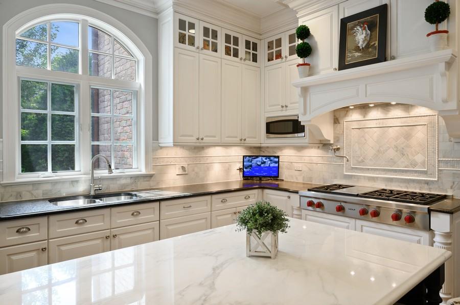 Real Estate Photography - 4 Golf Lane, Winnetka, IL, 60093 - Kitchen