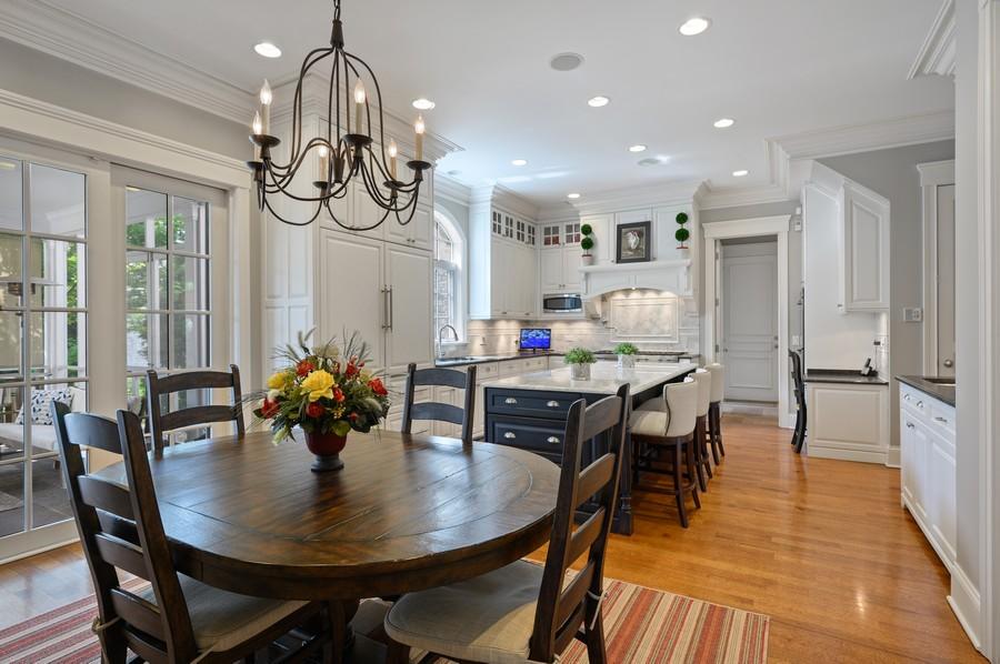 Real Estate Photography - 4 Golf Lane, Winnetka, IL, 60093 - Kitchen / Breakfast Room