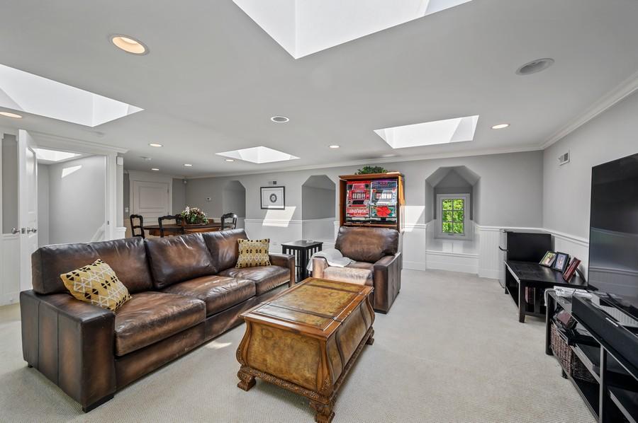 Real Estate Photography - 4 Golf Lane, Winnetka, IL, 60093 -