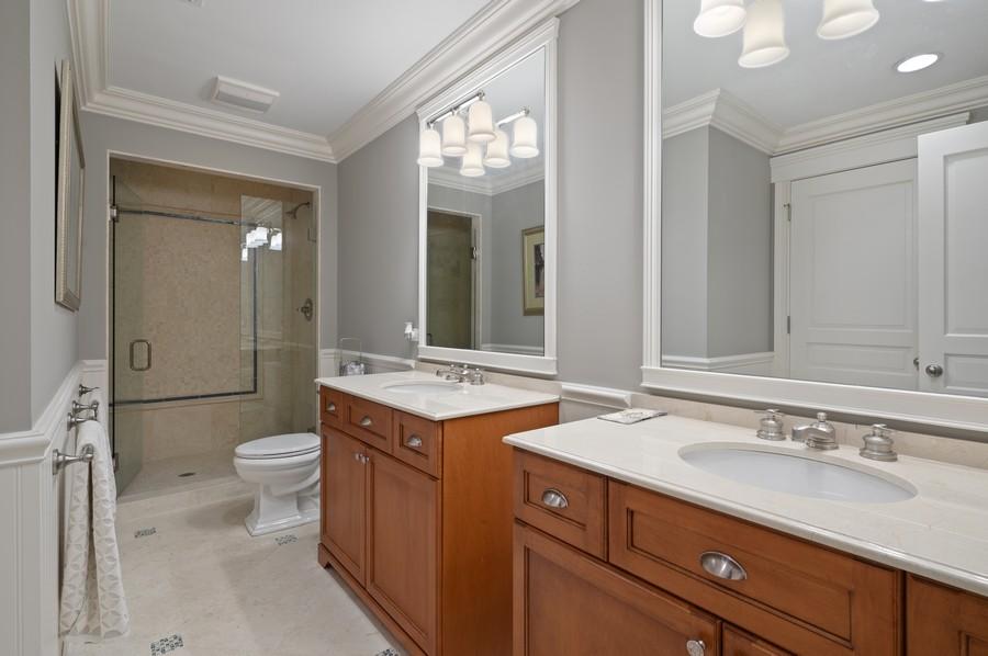 Real Estate Photography - 4 Golf Lane, Winnetka, IL, 60093 - Bathroom