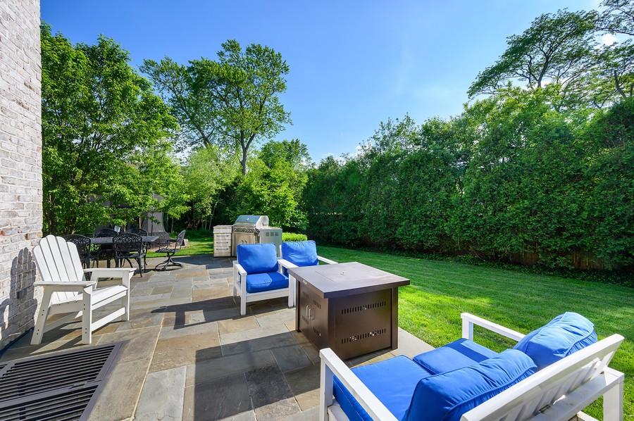 Real Estate Photography - 4 Golf Lane, Winnetka, IL, 60093 - Patio