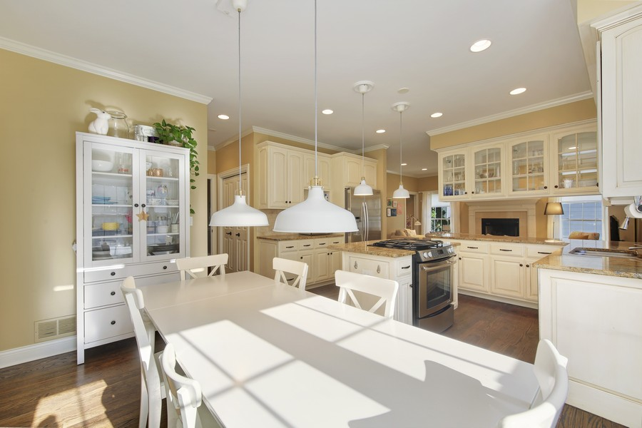 Real Estate Photography - 215 S Madison St, Hinsdale, IL, 60521 -