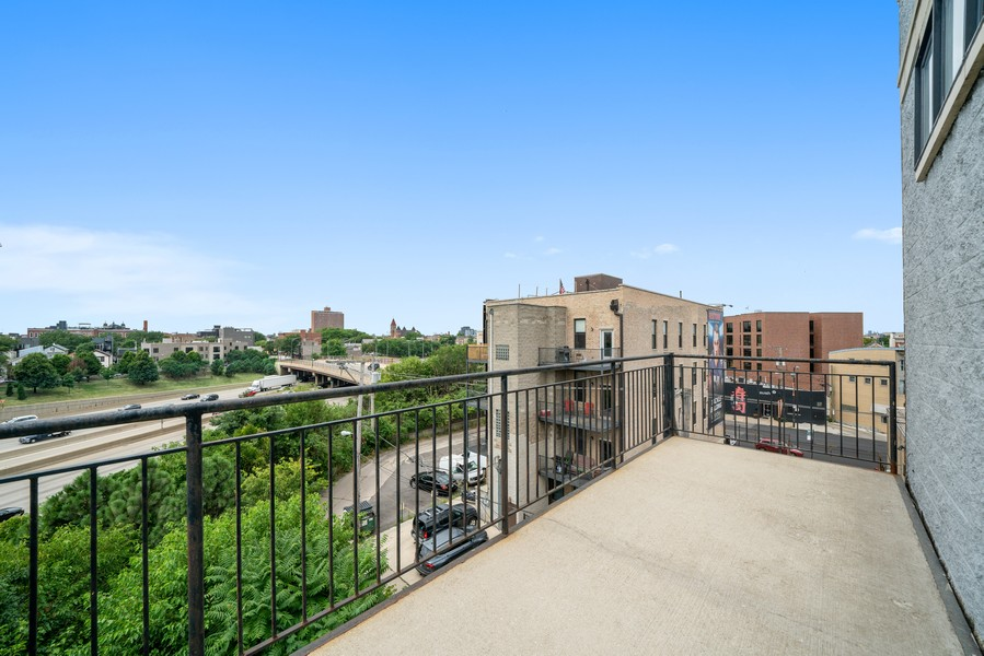 Real Estate Photography - 744 N May St #3P, Chicago, IL, 60642 -