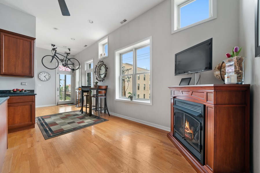 Real Estate Photography - 744 N May St #3P, Chicago, IL, 60642 - Dining Room