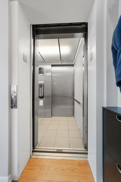 Real Estate Photography - 744 N May St #3P, Chicago, IL, 60642 - Elevator