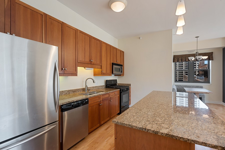 Real Estate Photography - 1111 S State Street, Unit A702, Chicago, IL, 60605 - Kitchen