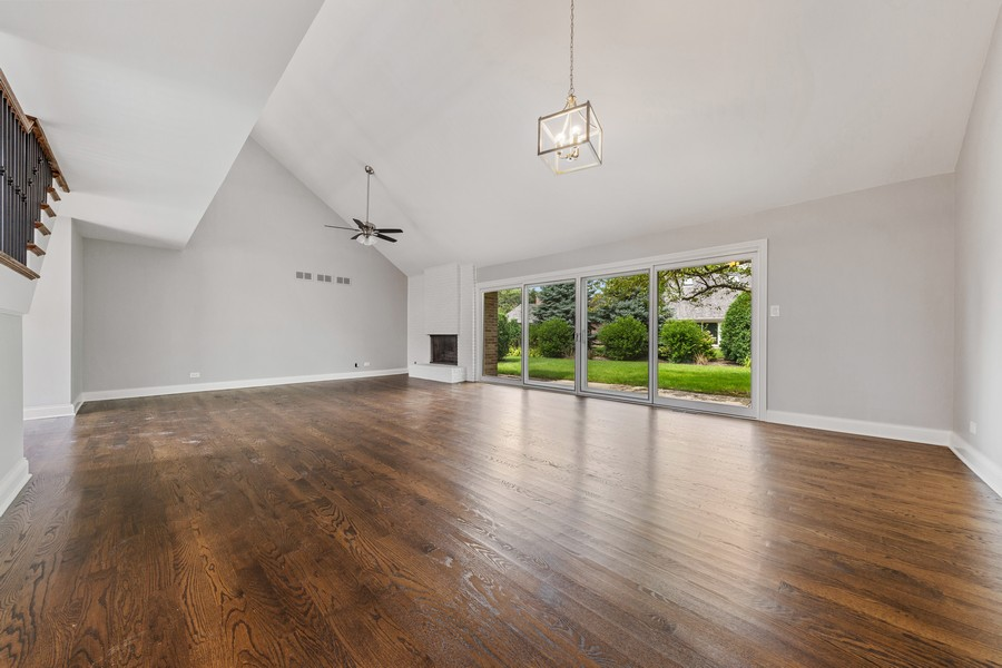 Real Estate Photography - 47 Briarwood South, Oak Brook, IL, 60523 - Dining Room