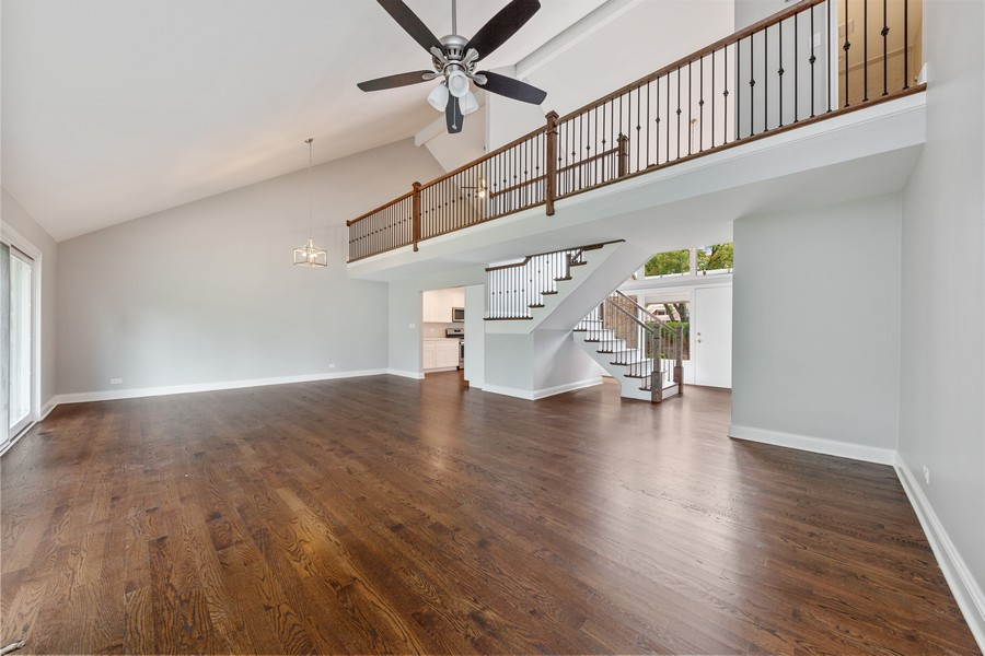 Real Estate Photography - 47 Briarwood South, Oak Brook, IL, 60523 - Family Room