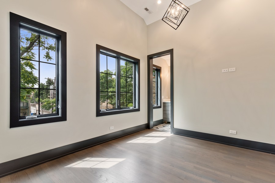 Real Estate Photography - 1942 W George, Chicago, IL, 60657 - 4th Bedroom
