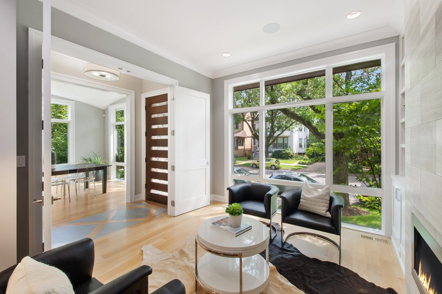 Real Estate Photography - 2026 W Wilson, Chicago, IL, 60625 - Living Room
