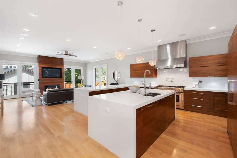 Real Estate Photography - 2026 W Wilson, Chicago, IL, 60625 - Kitchen