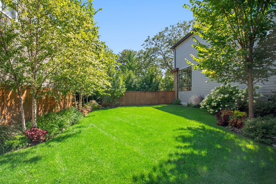 Real Estate Photography - 2026 W Wilson, Chicago, IL, 60625 - Back Yard