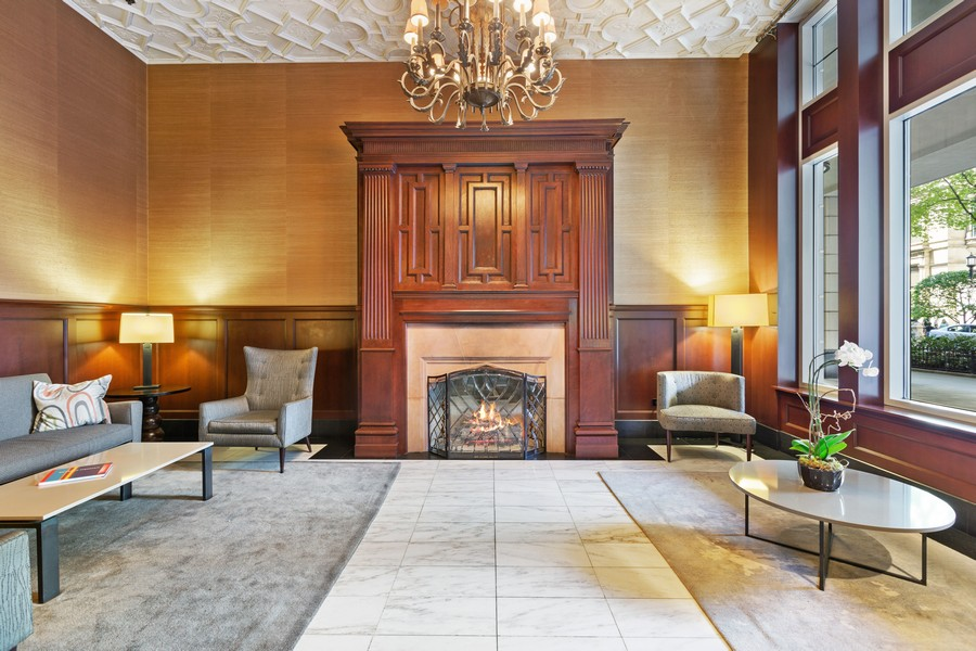 Real Estate Photography - 55 E Erie St, Unit 1801, Chicago, IL, 60611 - Lobby